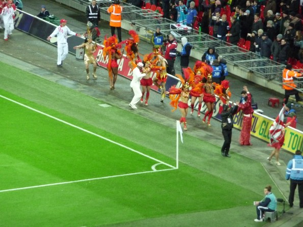 Half time random unannounced Samba dancers !