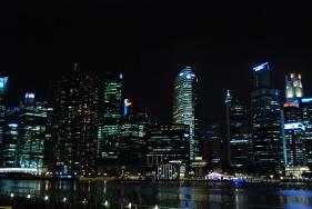 Bay ay night, different exposure / apeture