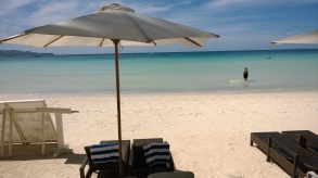 Daytime hard graft in Boracay