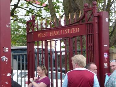 John Lyall gates